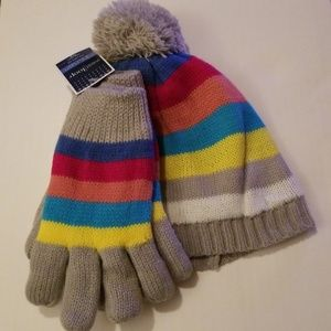 Girl's West Loop Gloves and Hat Set New